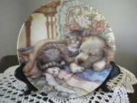 """Cuddle Up"" limited edition collector plate by Leesa"