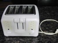 Cuisinart Toaster - Compact 4 Slice / White Barely used