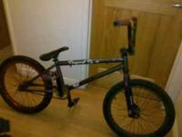 I have a nicee brand new like subrosa trio with custom