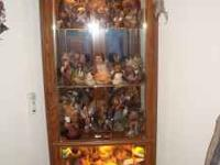 Very nice Curio Cabinet, taken care of and a good