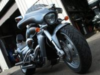 Selling a customized 2008 Suzuki Boulevard M109R in