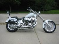 Selling my customer built bike. Its titled a 2001, has