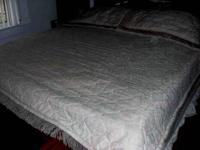 Custom made quilted king/queen bedspread and 2 quilted