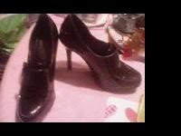im selling these Anne Michelle high heels. They are a
