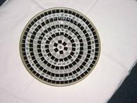 Very cute tiled bowl - alternating blue with
