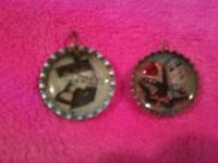 Collage style bottle cap charms. Very cute. Pictures