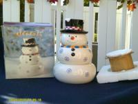 Cute Snowman stacking bowl set! Use all winter &