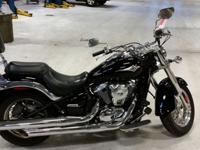 This 2007 Kawasaki Vulcan 900 personifies heavyweight