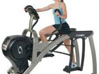 The Cybex 610a Arc Instructor incorporates elements of