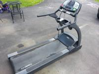 Up for sale is a Cybex 520T Pro series Commercial grade