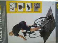 Nearly new cycleops trainer, climbing block, mat and