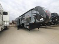 Cyclone 4150 King Toy Hauler by Heartland -Auto