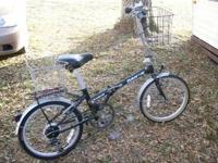 Folding Bicycle made by Dahon Boardwalk, 6 speed, front