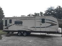 DAL Trailer 2009 Keystone Outback 268RL Travel Trailer,