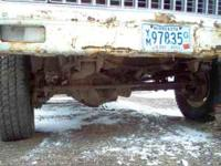 COMPLETE DANA 60 FRONT AXLE OFF A 1981 ONE TON CHEVY