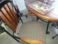 Great quality wooden kitchen table with for chairs w/