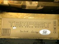 Type: Drums DAVE SMITH INSTRUMENTS Roger Linn TEMPEST