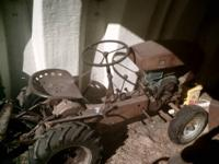 Divid Bradley lawn and garden tractor.All original.