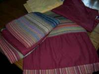 Bed Bath & Beyond bedding set for daybed; includes