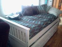 YOU WILL LOVE THIS BED!!! FIRST COME FIRST SERVE!