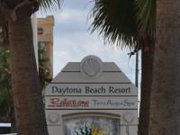 GORGEOUS OCEANFRONT COMPLEX, DAYTONA BEACH NORTH. 3