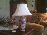 Super nice side table lamp for sale in Soddy Daisy.