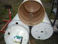 Clean metal barrels with removeable lids and
