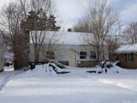 733 N Elmer St, South Bend, IN, 46628 is a single