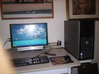 "20""monitor with speaker on bottom usb ports on side"