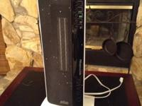 DeLonghi's Digital Flat Panel Ceramic Tower Heater was