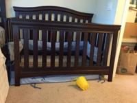 This is a beautiful and sturdy Delta crib that can be