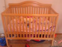 This crib is in perfect condition looks almost brand
