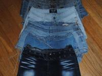 LOT OF 6 PAIRS OF WOMEN'S DENIM SHORTS. asking $18 for