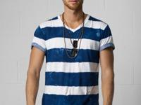 Crafted from ultra-soft cotton jersey, this V-neck tee