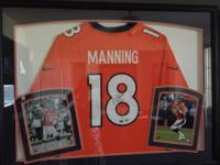 Broncos PEYTON MANNING SIGNED AND MOUNTED JERSEY!! One
