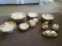 41 Pieces 9-Dinner plates, 8-Soup bowls, 12 Salad