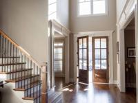 Stunning, pristine home in charming neighborhood on