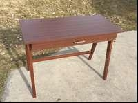 ALMOST NEW DESK! In great condition! Lite and easy to