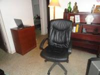 Comfy desk chair $30 Lifts and lowers, reclines or