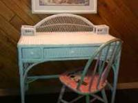 Cute wicker desk, off-white, with one main center