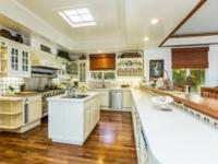 Developers Dream HomeOriginally built by the developer,