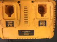 DEWALT 18V DUAL CHARGER 100% Working Condition Charges