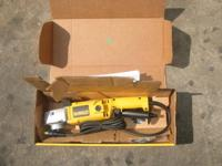 BRAND NEW DEWALT DW849 HIGH SPEED BUFFER FOR SALE!