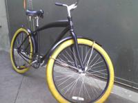 Up for sale is this Black Diamond Back Beach Cruiser