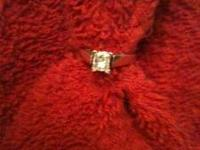 Paid $1200 asking $600 cash. 14 carat yellow gold,