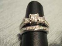 14 kt white gold diamond ring set. Recently certified