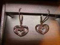 Beautifull Diamond heart earings and neckless set from