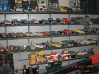 20+ years of age collection of over 901/18 scale