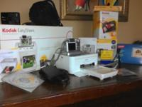Kodak Camera Z612 w/zoom lens, case, printer, all