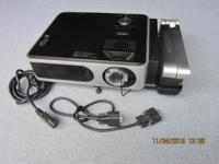 Toshiba TLP -XC2000 Digital Projector 2000 Lumens Light